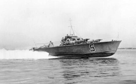 Royal_Navy_MTB_5 (1) vosper